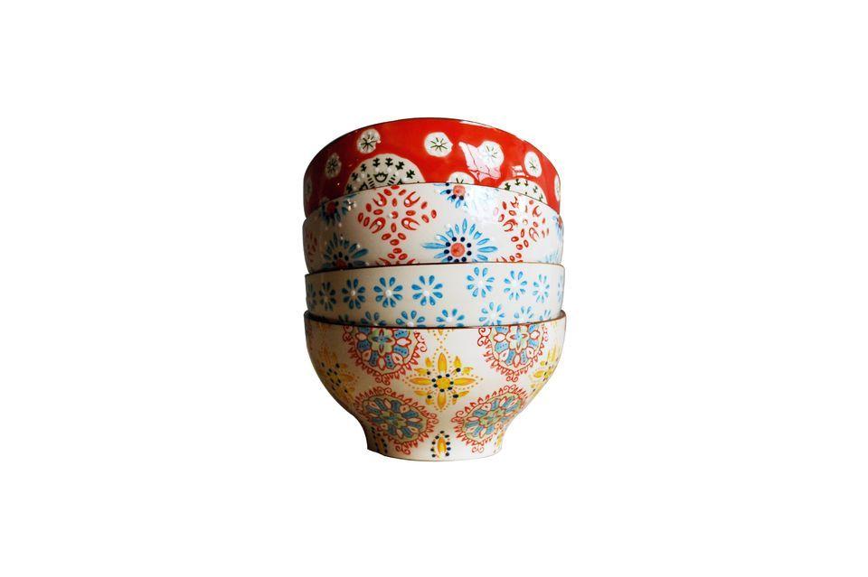Ponga algo de color en su mesa con estos 4 tazones de cerámica de 9 cm de alto y 16 cm de diámetro
