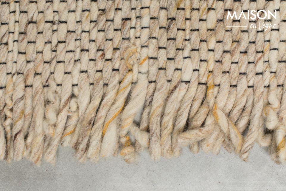 Tejido a mano, es muy duradero y es ideal para la calefacción por suelo radiante