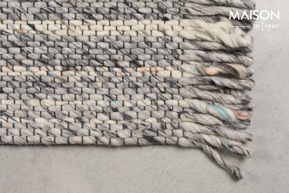 La alfombra Frills 170X240 Gris/Azul es ideal para llevar un lado casero y convivial a su interior