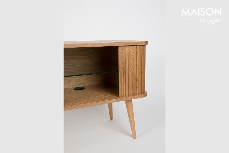 Aporta un toque de calidez a su sala de estar o comedor con su madera ligera