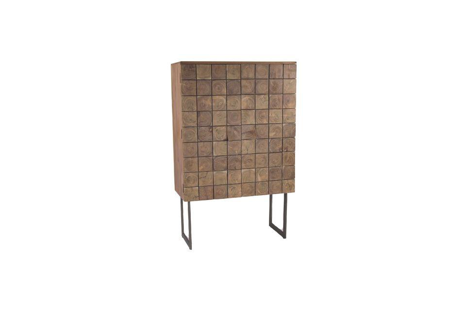 Combinando audazmente la autenticidad de la madera y la modernidad del metal