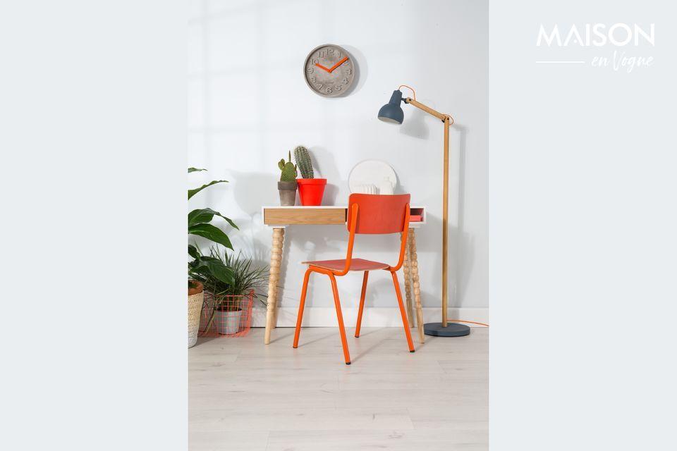 Inspirada en el mobiliario de las aulas del pasado