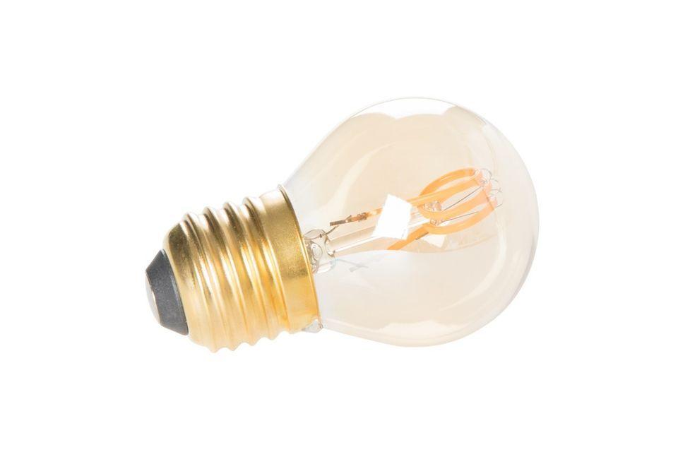 Ilumina tu interior con una luz cálida con la mini bombilla Classic dorada