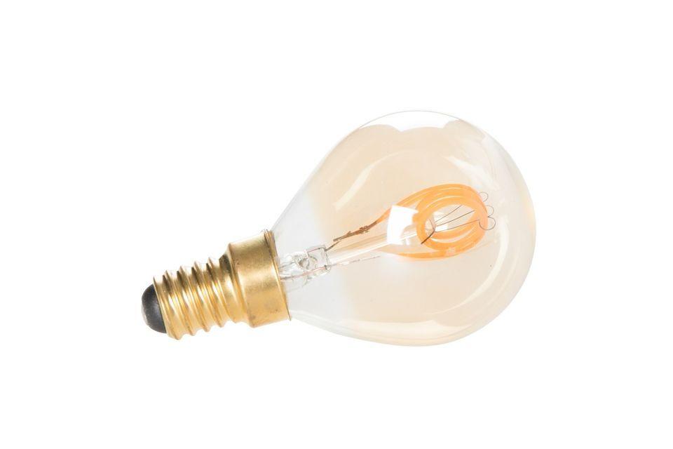 Esta bombilla de vidrio tiene la particularidad de estar diseñada con filamentos LED dorados