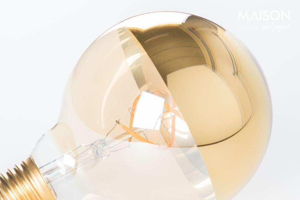 La lámpara de mesa está diseñada como una obra de arte luminosa.
