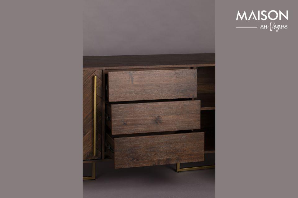 Bonito tinte de la madera que armoniza perfectamente con el color dorado de las patas y las asas