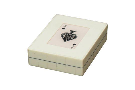 Caja blanca con 2 mazos de cartas As de picas