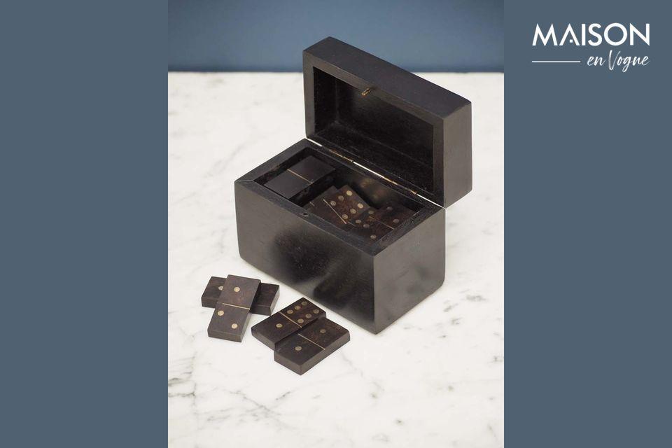 Una elegante caja de dominó con estilo auténtico