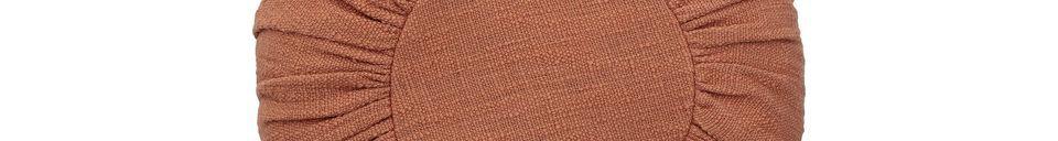 Descriptivo Materiales  Cojín de algodón Barret de color naranja