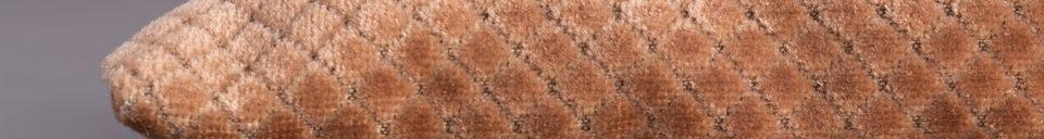 Descriptivo Materiales  Cojín Spencer rosa viejo