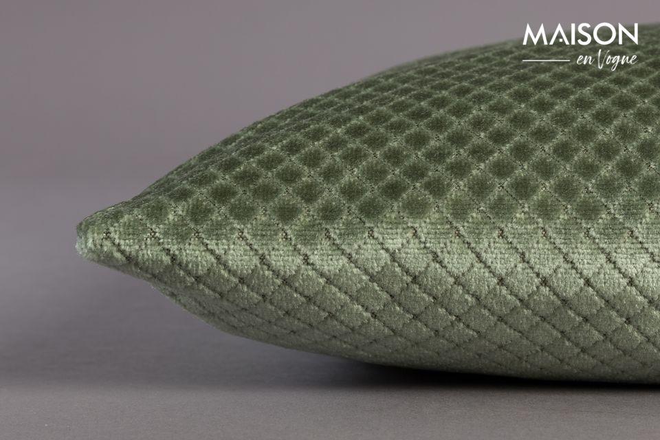 Su antiguo color verde lo convierte en una elegante creación con acentos vintage