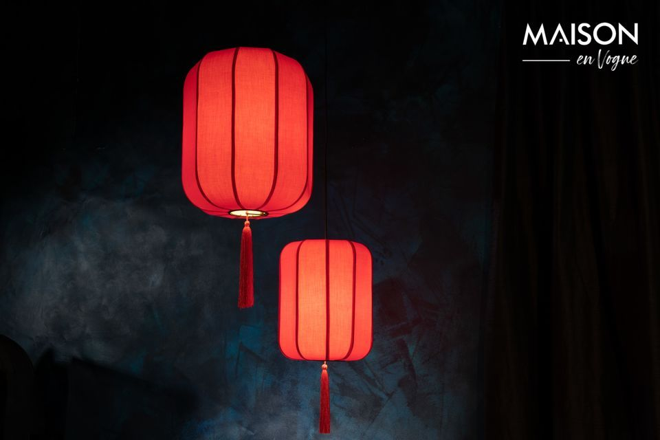 Viaje garantizado a la tierra de los mandarines con este modelo de lámpara