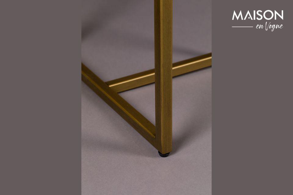 La consola Class hace honor a su nombre: es un mueble con un refinamiento innegable