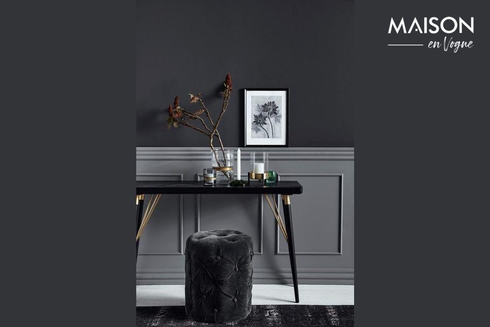 Una mesa muy elegante, que también es práctica