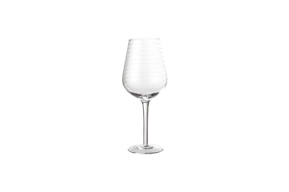 Una copa de vino simétrica