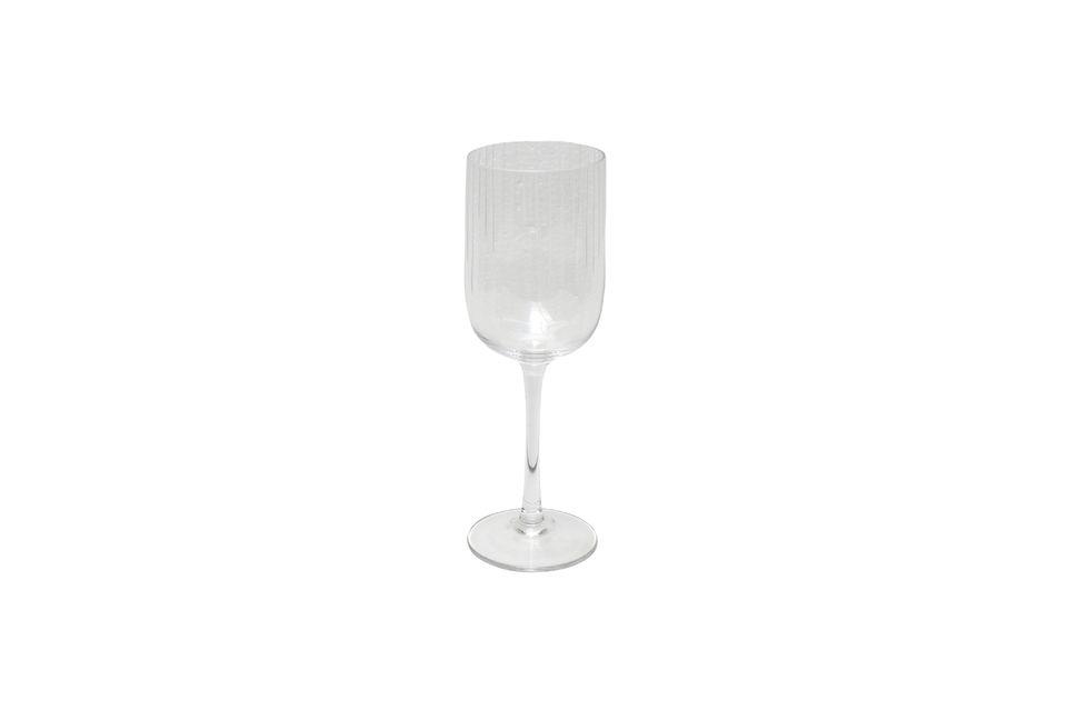 Esta copa de vino va bien con todos sus platos gracias a su estilo sobrio