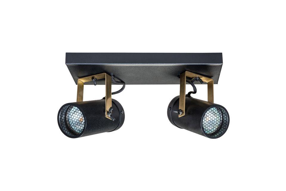 Incline y gire los focos a su gusto para una iluminación óptima y añada un toque contemporáneo