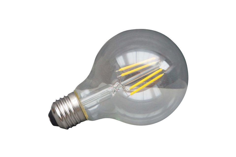 Una bombilla LED para el ahorro de energía... y para el planeta..