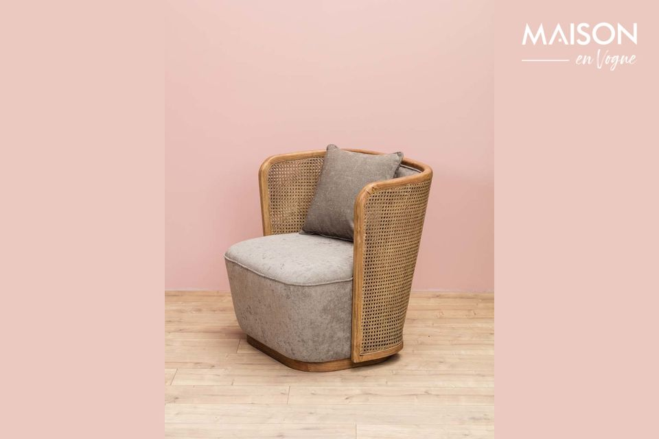 Hermoso sillón mixto de mimbre y tela