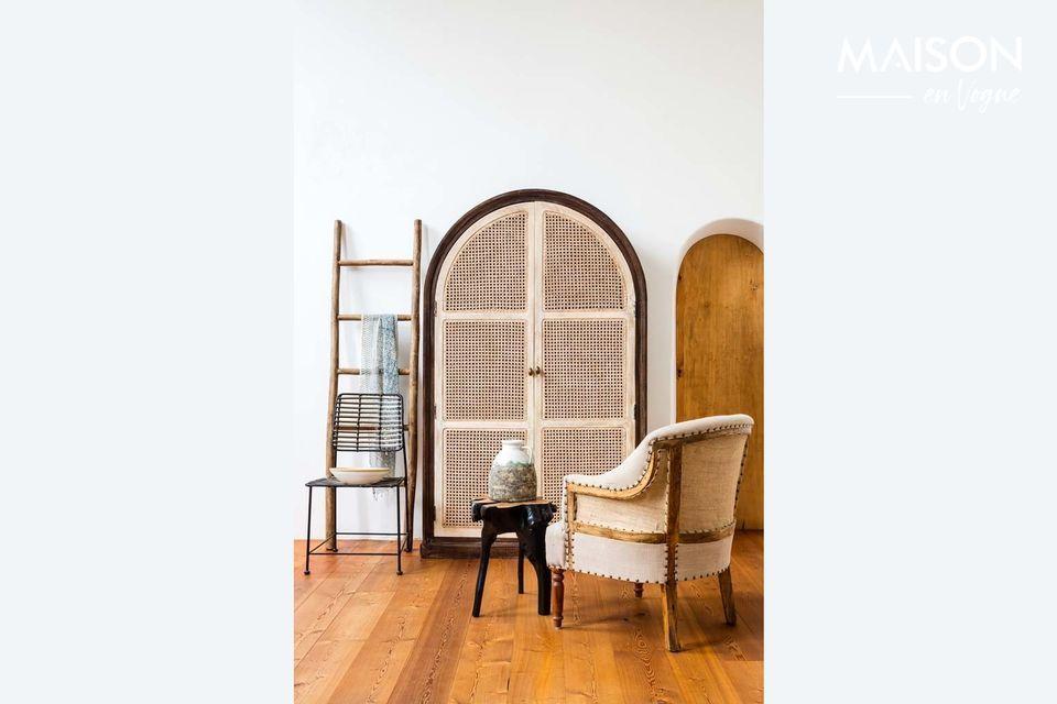Una escalera útil, elegante y decorativa
