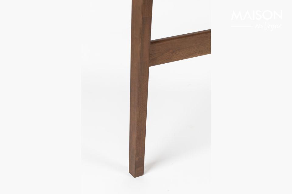 Tire de la manija para ver que esta mesa se convierta en un escritorio