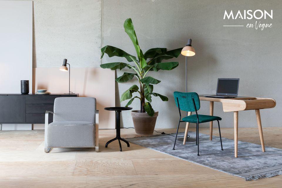 Una oficina sólida y refinada