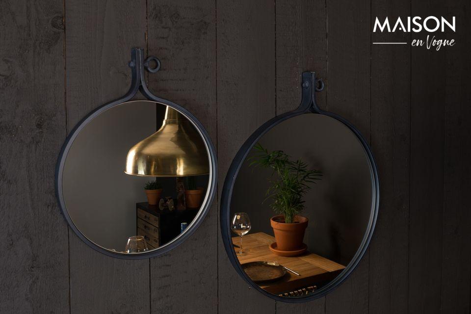El espejo Attractif \'24 de Dutchbone le ofrece la oportunidad de optar por la sobriedad y la