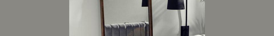 Descriptivo Materiales  Espejo de pie Wasia con marco de madera