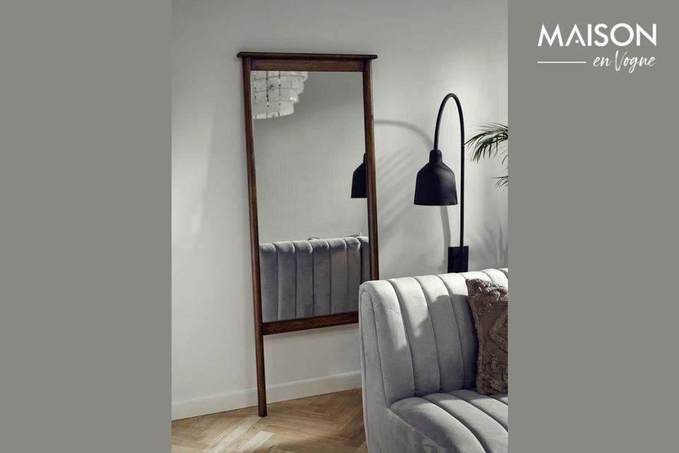 Espejo de pie Wasia con marco de madera Nordal