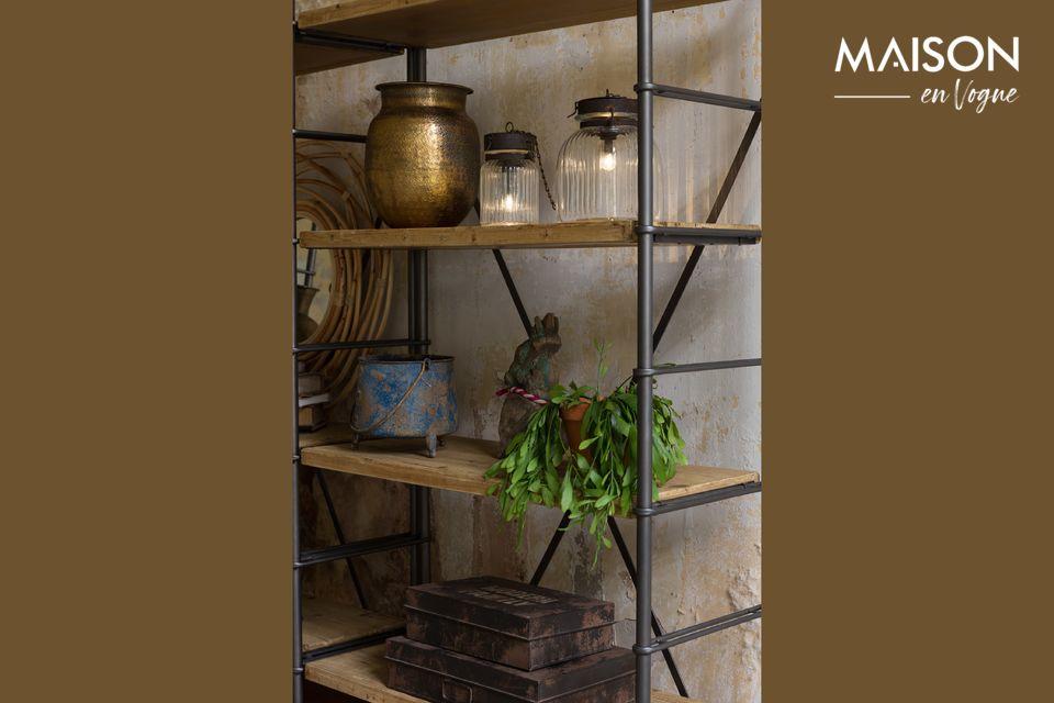 Un elegante, robusto y modular estante de hierro