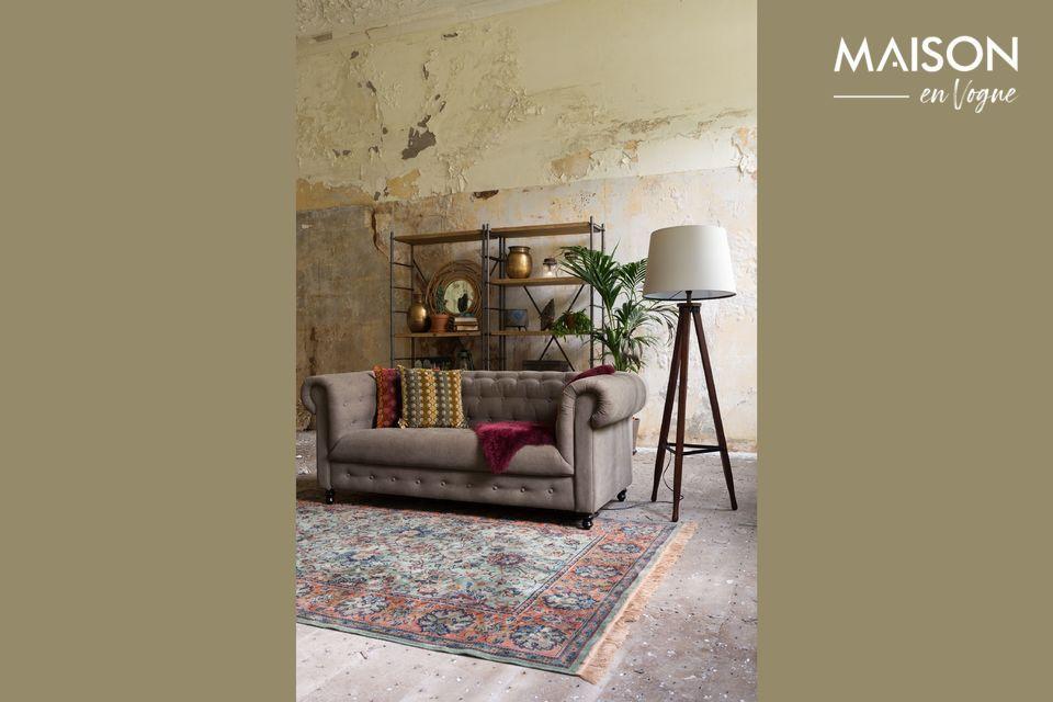 Esta característica lo convierte en un mueble versátil muy popular en el hogar