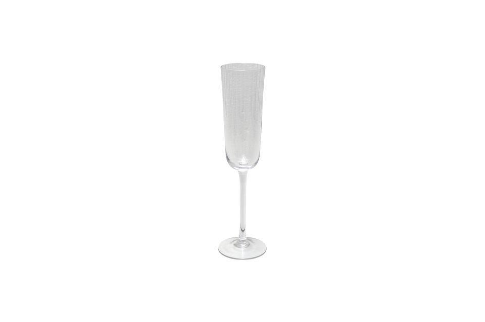 Con su estilo simple y despejado, esta flauta de champán puede ser utilizada en cualquier ocasión