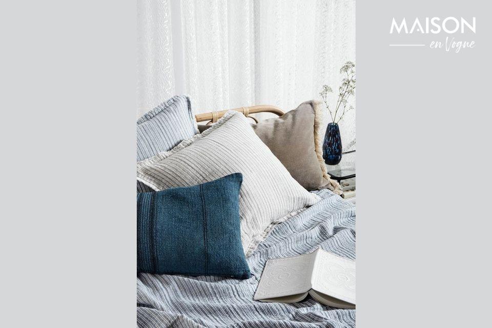 Viste tus cojines con esta cómoda funda de calidad