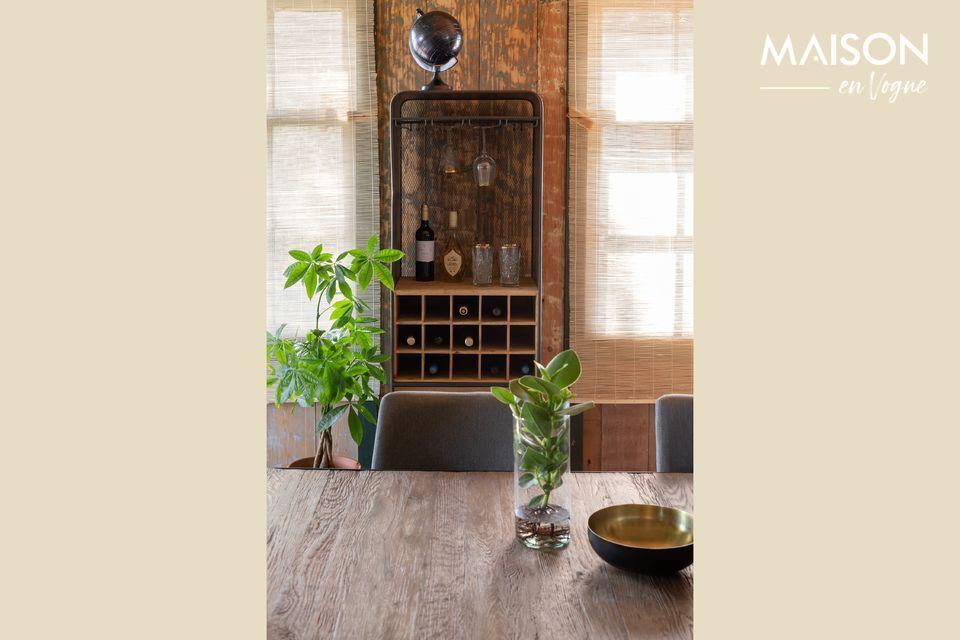 Un gabinete en un enorme abeto para sublimar sus vinos