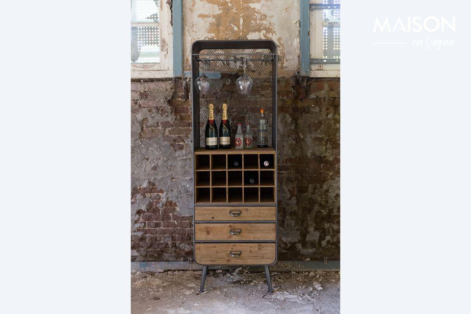 Con 3 cajones y 15 compartimentos, le permite guardar sus botellas y sus accesorios