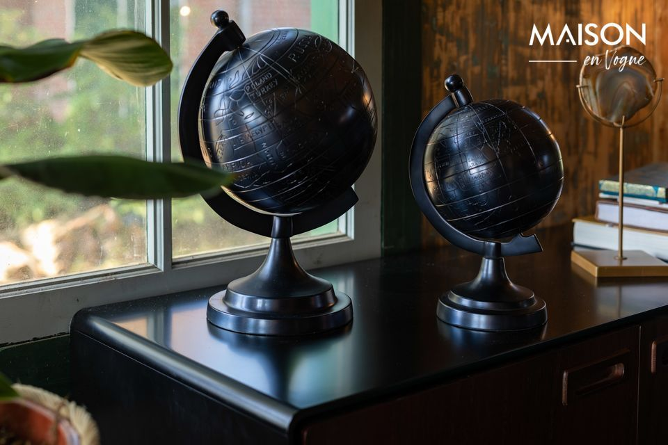 Miles Globe S en aluminio negro