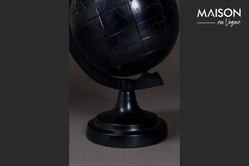 El globo de Miles es el perfecto objeto de decoración personal en el escritorio de los que aman
