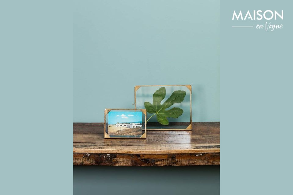Un magnífico marco de cristal con un diseño refinado