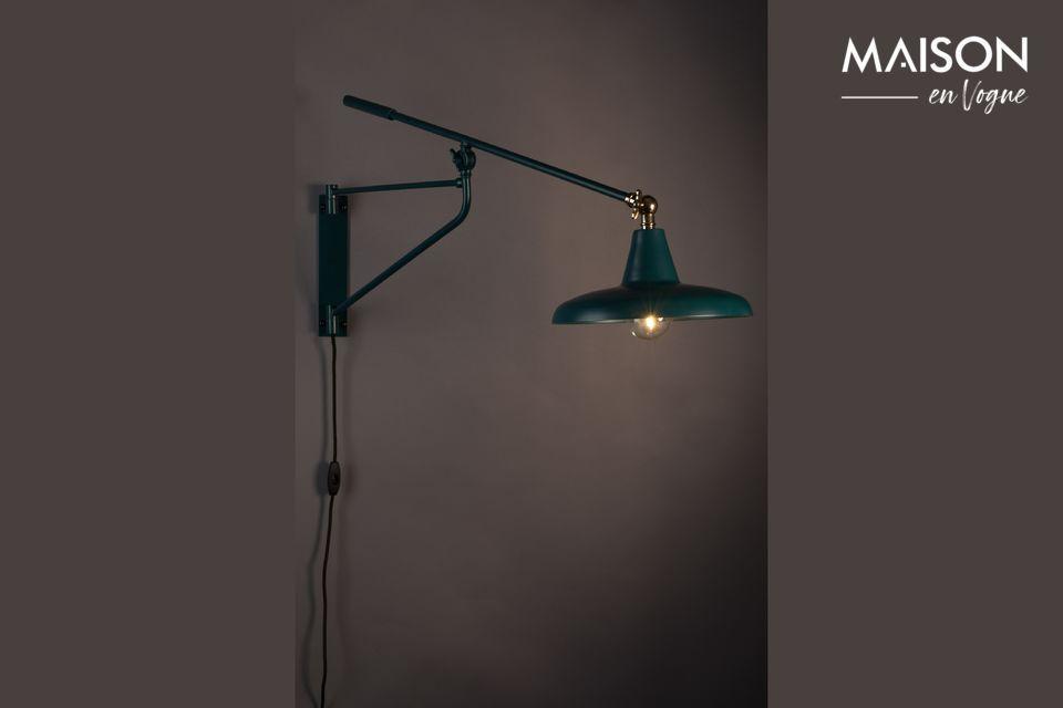 Notarán que esta pantalla de lámpara coincide con el estilo y la función