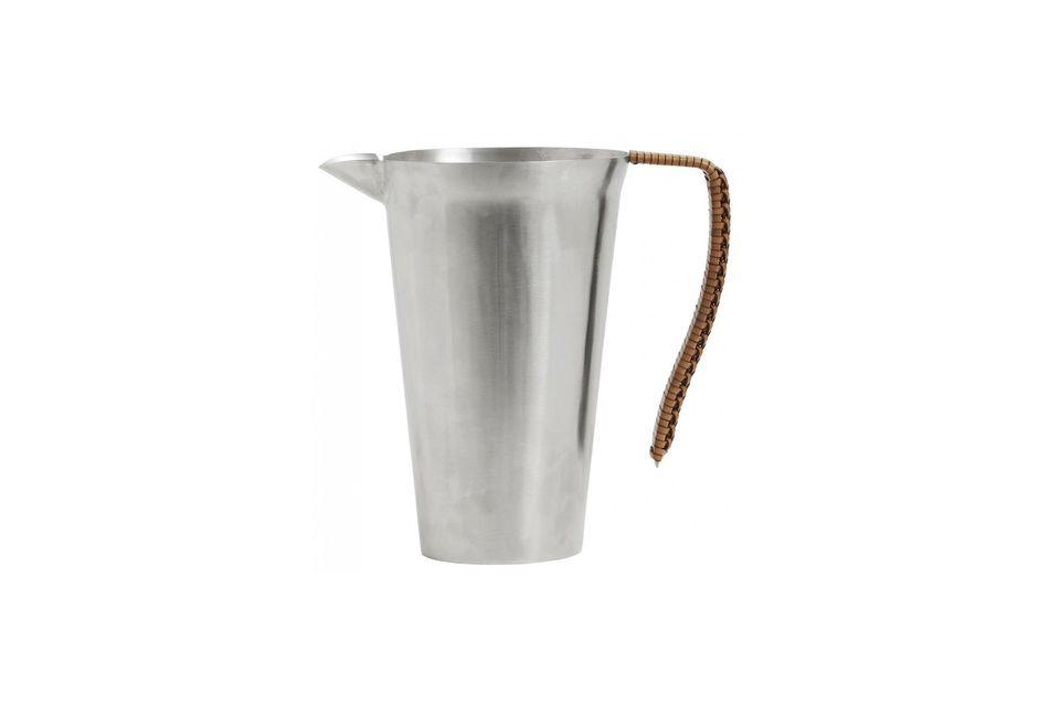 Usado como jarrón o como jarra