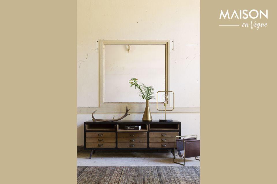 Incluso cuando está vacío, su refinado diseño encontrará su lugar en un armario o una mesa