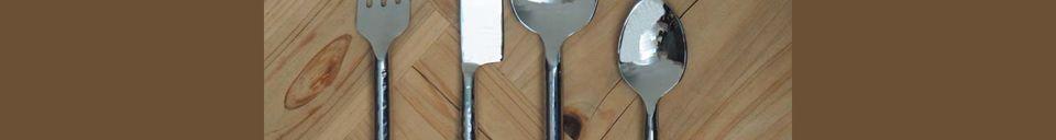Descriptivo Materiales  Juego de 4 cubiertos martillados Estambul