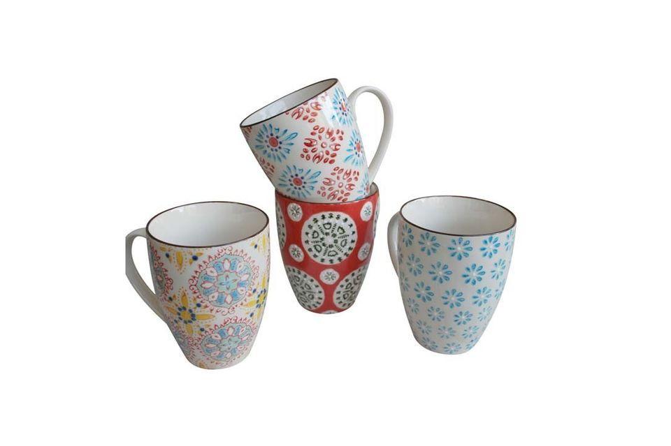 El éxito está garantizado en la mesa del desayuno con este juego de 4 tazas de Bohemia