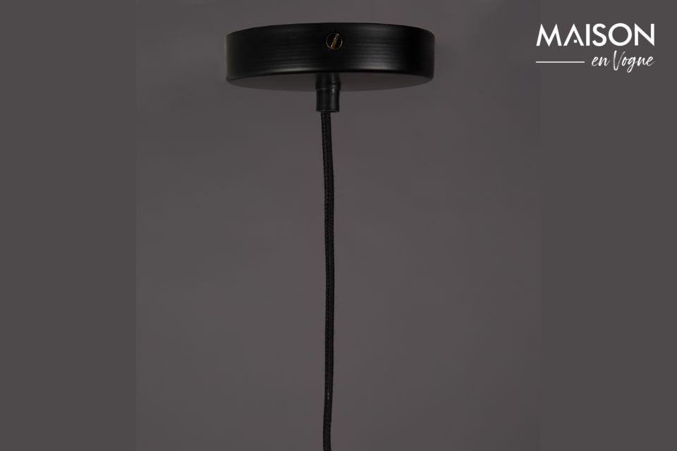 Esta lámpara colgante del Cubo puede ser ajustada en altura y puede ser integrada en un desván