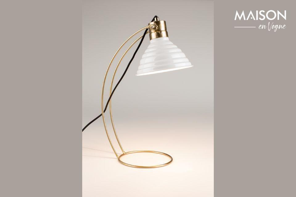 Un diseño muy bonito para esta moderna y estética lámpara.