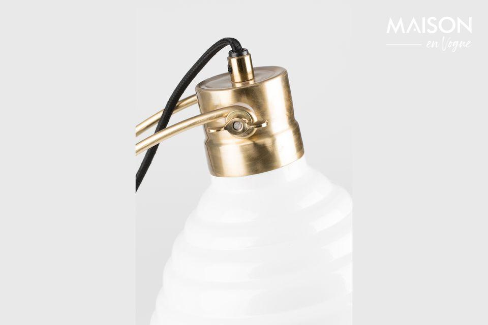 Un aspecto refinado para esta lámpara de escritorio