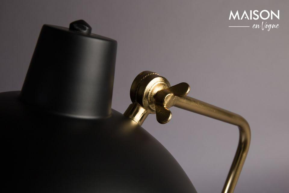 Esta lámpara encajará fácilmente en cualquier tipo de decoración y hará un bonito efecto en un