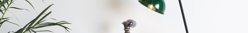 Descriptivo Materiales  Lámpara de escritorio Jock verde