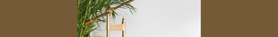 Descriptivo Materiales  Lámpara de escritorio Lily