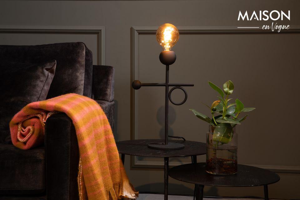 La lámpara de escritorio Loyd de Dutchbone ofrece ahora la simplicidad de un estilo minimalista